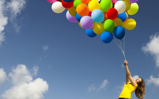 Woman-Balloons