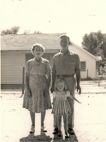 Sarah Ellen Miller Mitchell with Lloyd and granddaughter