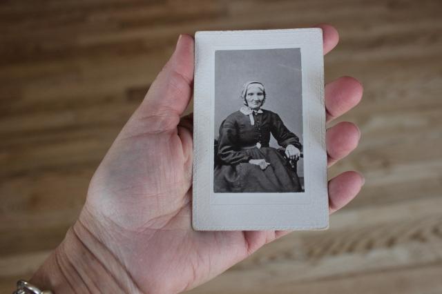 Bushman, Elizabeth Degen original held (1)