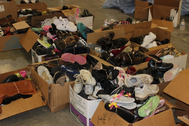 2014-10-2 Packing Kits for Zimbabwe (26)