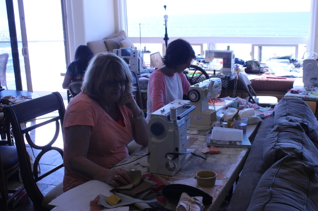 2014-11-1-8 CA Quilt Retreat Oceanside (47)