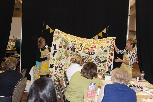2015-4 American Quilting Retreat (109)