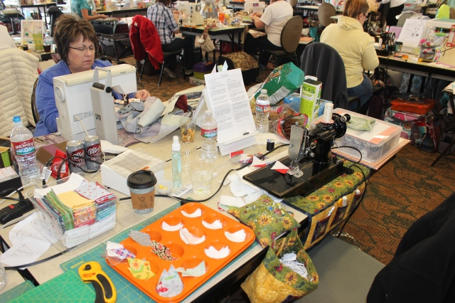 2015-4 American Quilting Retreat (128)