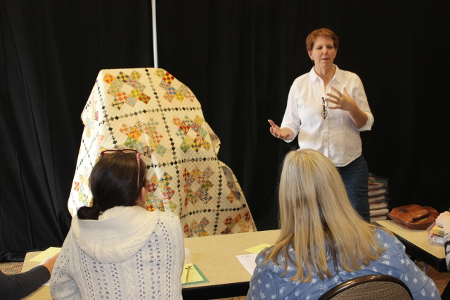 2015-4 American Quilting Retreat (134)