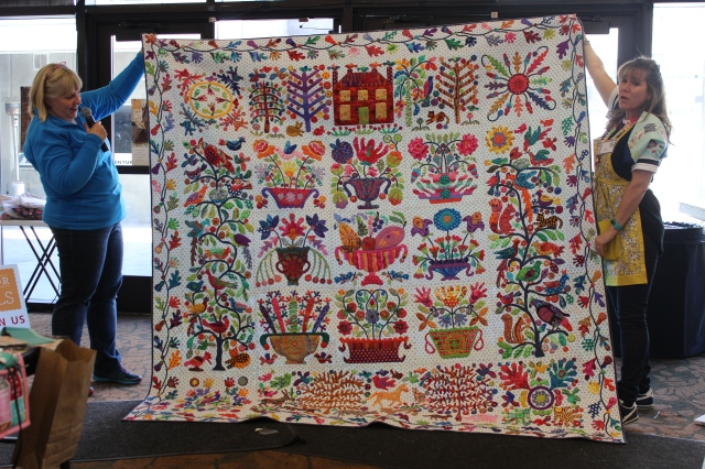 2015-4 American Quilting Retreat (176)