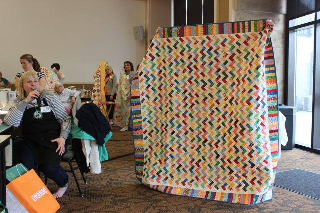 2015-4 American Quilting Retreat (22)