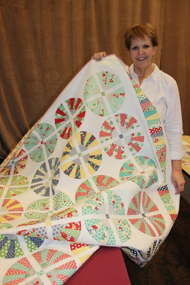2015-4 American Quilting Retreat (40)