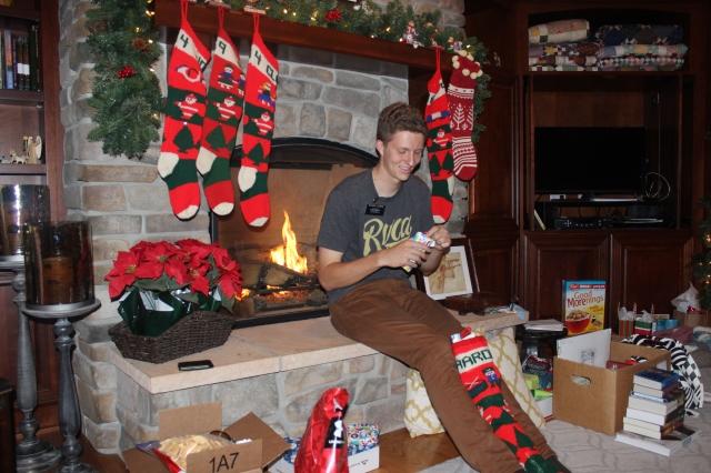 2015-12-29  Aaron is Home (114)