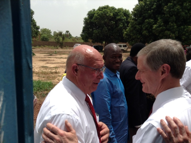 2017-5-23 Elder Bednar In Ouelessebougou (6)
